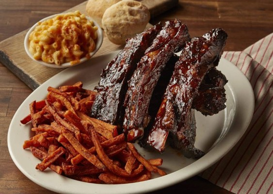 lucilles-smokehouse-bbq-concord-food-2