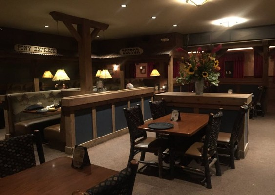 back-forty-bbq-pleasant-hill-interior-2