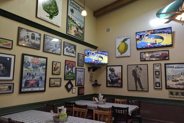 roccos-ristorante-pizzeria-walnut-creek-interior-2