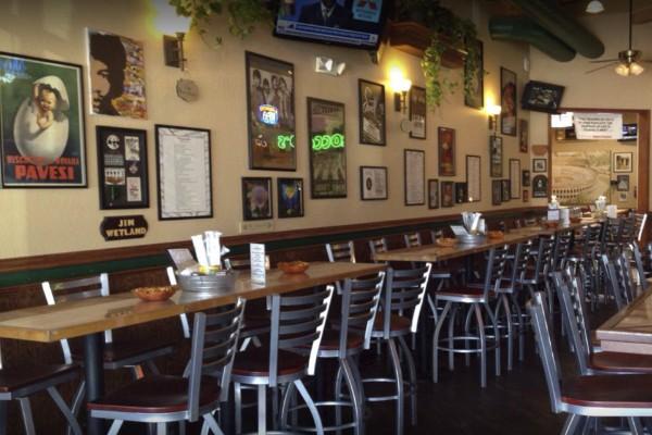 roccos-ristorante-pizzeria-walnut-creek-interior-4