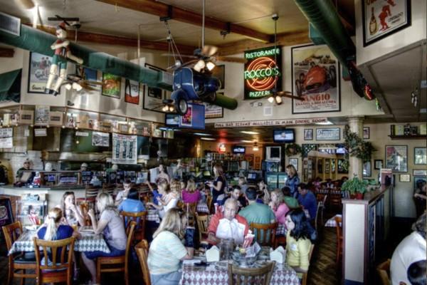 roccos-ristorante-pizzeria-walnut-creek-interior-6