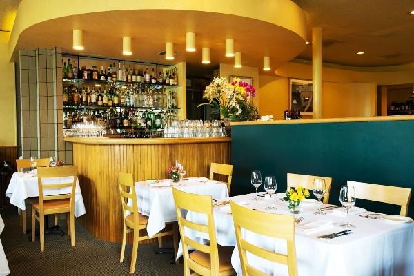 nells-restaurant-seattle-interior-1