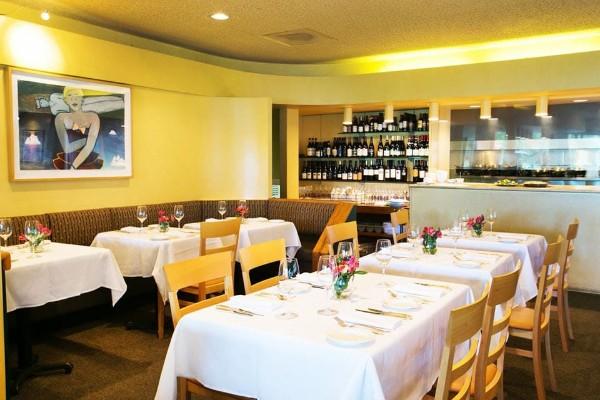 nells-restaurant-seattle-interior-2
