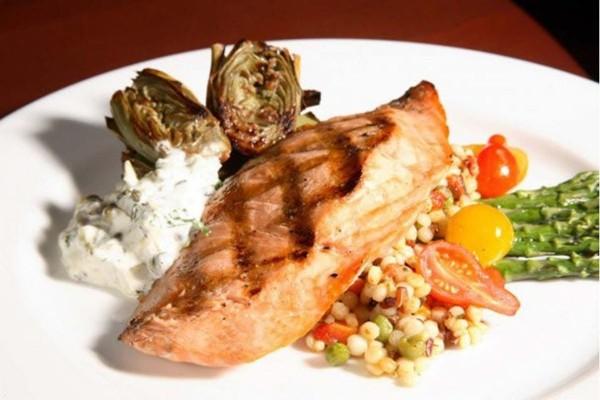 elliotts-oyster-house-seattle-food-4