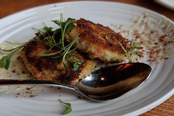 elliotts-oyster-house-seattle-food-6