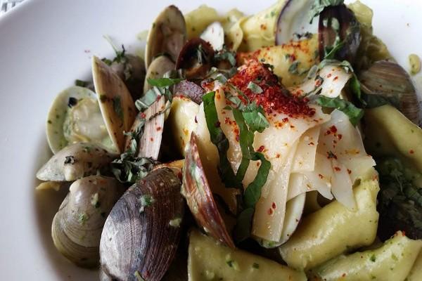 elliotts-oyster-house-seattle-food-9