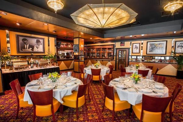 jeff-rubys-steakhouse-cincinnati-interior-5