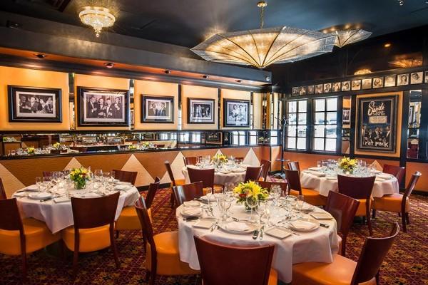 jeff-rubys-steakhouse-cincinnati-interior-6