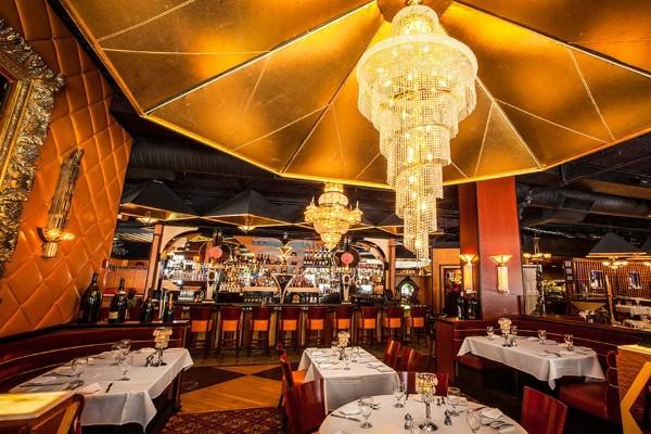 jeff-rubys-steakhouse-cincinnati-interior-7