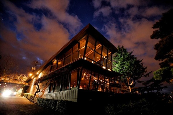 canlis-seattle-exterior-1