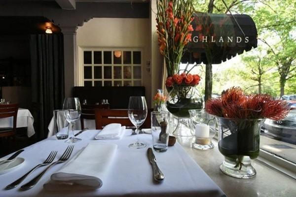 highlands-bar-and-grill-birmingham-interior-7