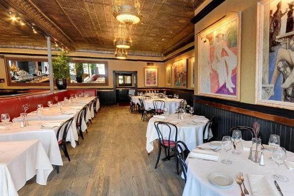 lindeys-restaurant-and-bar-columbus-interior-2