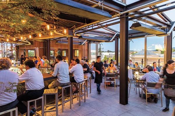 rooftop-restaurant-walnut-creek-interior-1