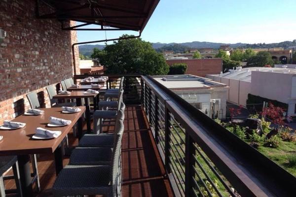 rooftop-restaurant-walnut-creek-interior-6