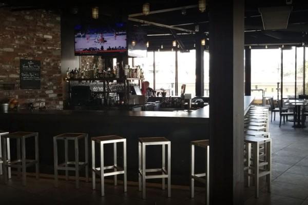 rooftop-restaurant-walnut-creek-interior-7