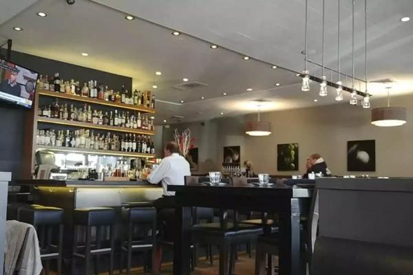 revel-kitchen-and-bar-danville-interior-6