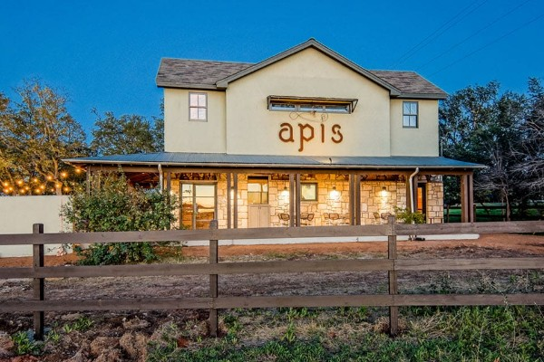 apis-restaurant-and-apiary-austin-exterior-1