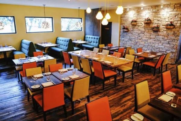 apis-restaurant-and-apiary-austin-interior-4