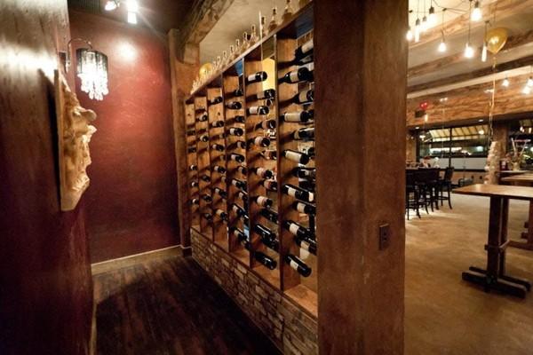 zesti-restaurant-hartland-wi-interior-6