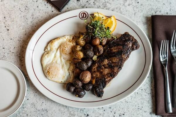 daniels-broiler-downtown-seattle-wa-food-1