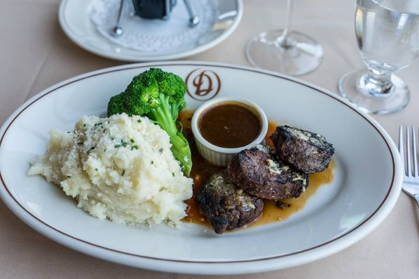 daniels-broiler-downtown-seattle-wa-food-7