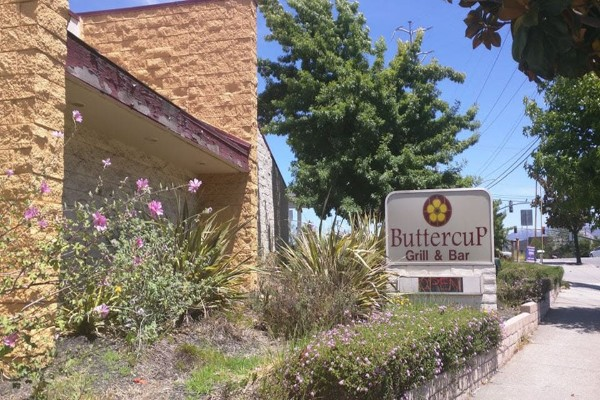 buttercup-diner-walnut-creek-ca-exerior-1