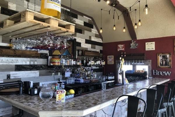 2mesa-mexican-eatery-milwaukee-wi-interior-5