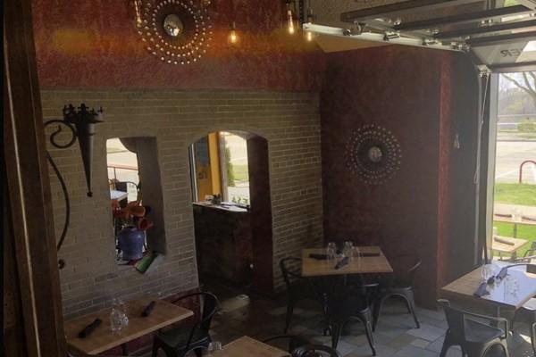 2mesa-mexican-eatery-milwaukee-wi-interior-7