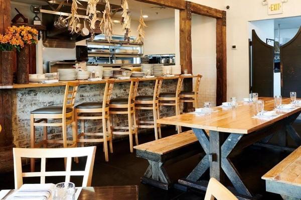 acre-restaurant-auburn-al-interior-3