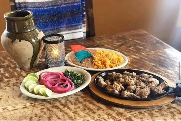 joses-blue-sombrero-wauwatosa-wi-food-1