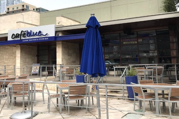 cafe-blue-classic-seafood-and-oyster-bar-austin-tx-exterior-1