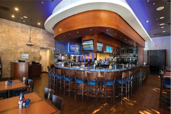 cafe-blue-classic-seafood-and-oyster-bar-austin-tx-interior-2