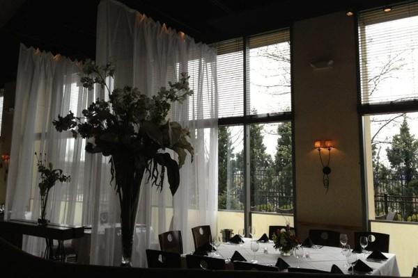 m-restaurant-and-bar-columbus-oh-interior-6