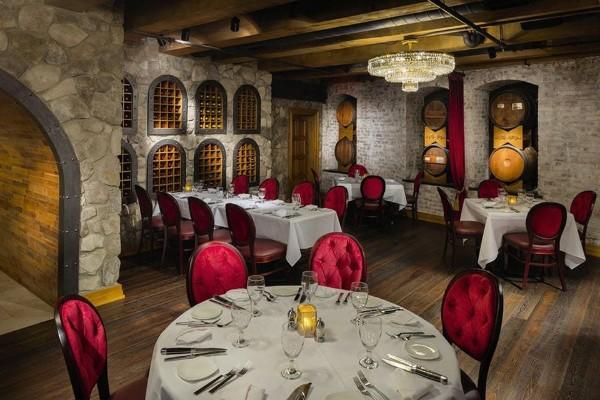 jeff-rubys-steakhouse-columbus-oh-interior-4