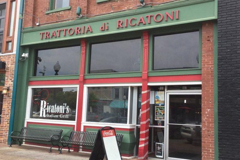 ricatonis italian grill florence al exterior 1 768x512