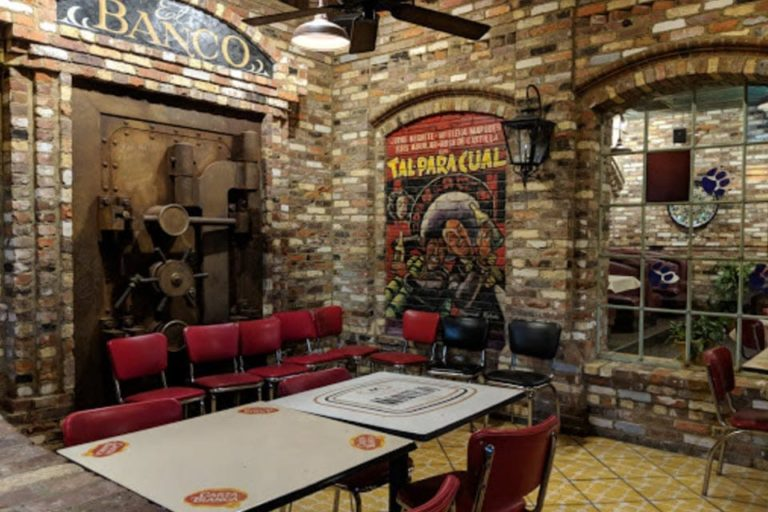 rosies mexican cantina florence al interior 2 1 768x512