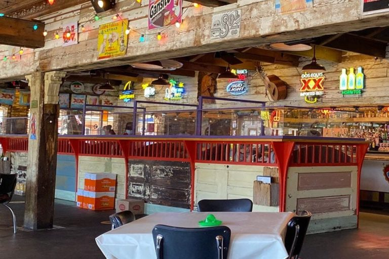 rosies mexican cantina florence al interior 3 1 768x512