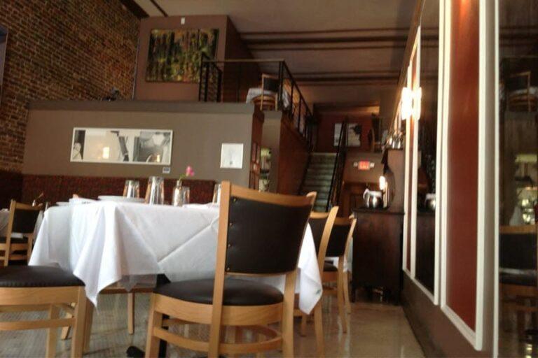 bistro two eighteen birmingham al interior 5 768x512