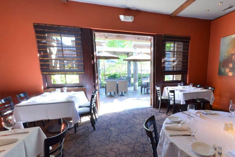 bridge restaurant and bar danville interior 6 768x512