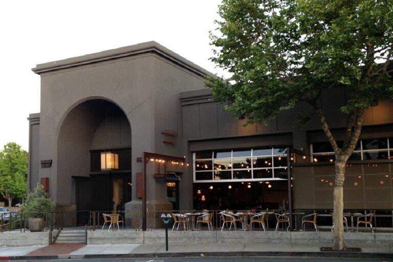 corners tavern walnut creek exterior 1 768x512