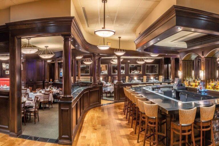 bobs steak and chop house san antonio tx interior 8 768x512