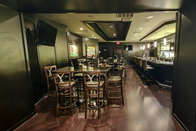 mortons the steakhouse san antonio tx interior 6 768x512
