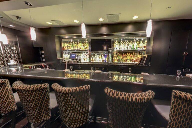 mortons the steakhouse san antonio tx interior 7 768x512